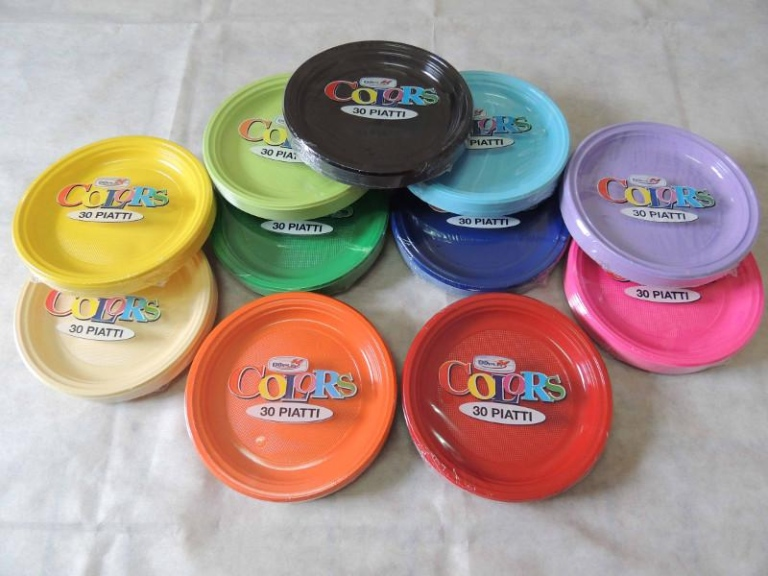 Ingrosso piatti plastica terni tuttocarta for Piatti e bicchieri colorati